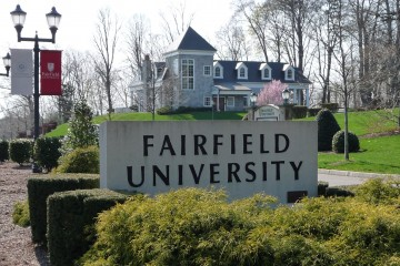 Fairfield_Entrance